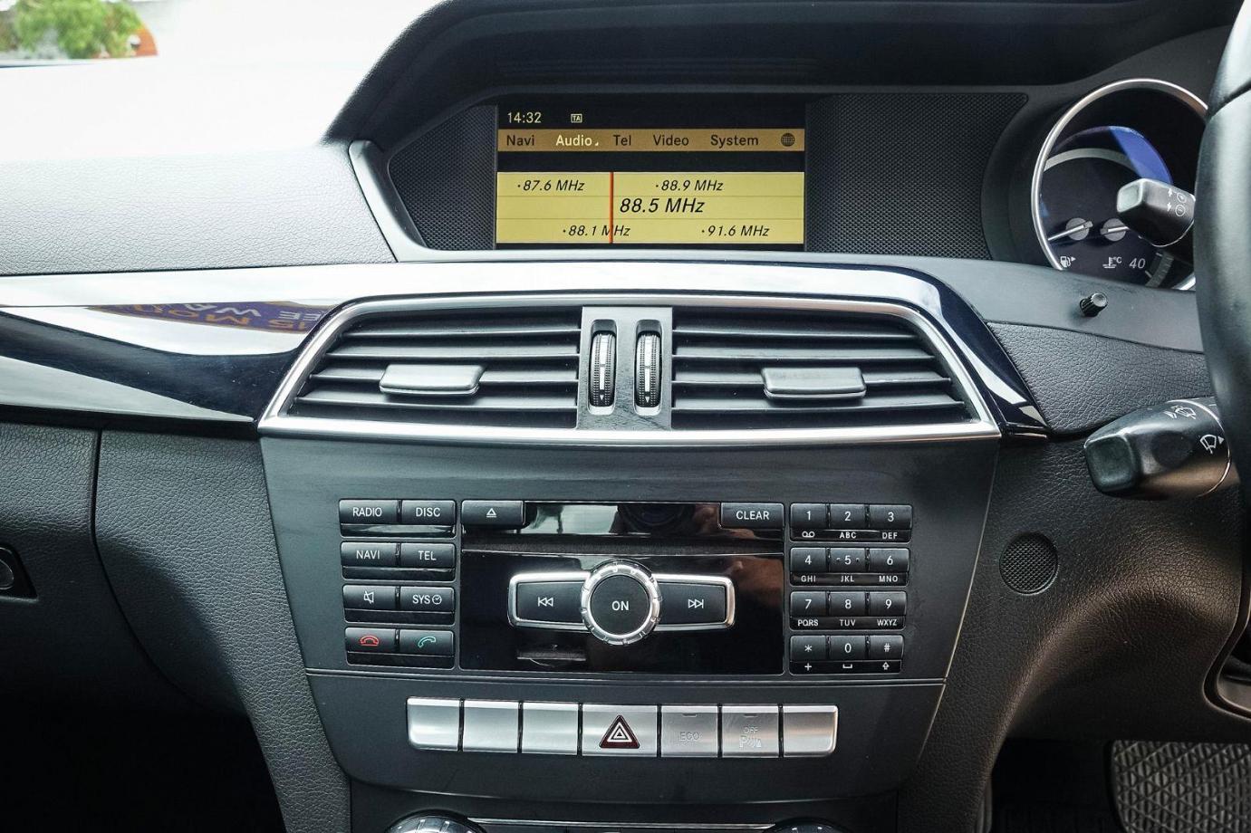 2012 Mercedes-Benz C-Class W204 MY12 C200 BlueEFFICIENCY Sedan 4dr 7G-TRONIC + 7sp 1.8T
