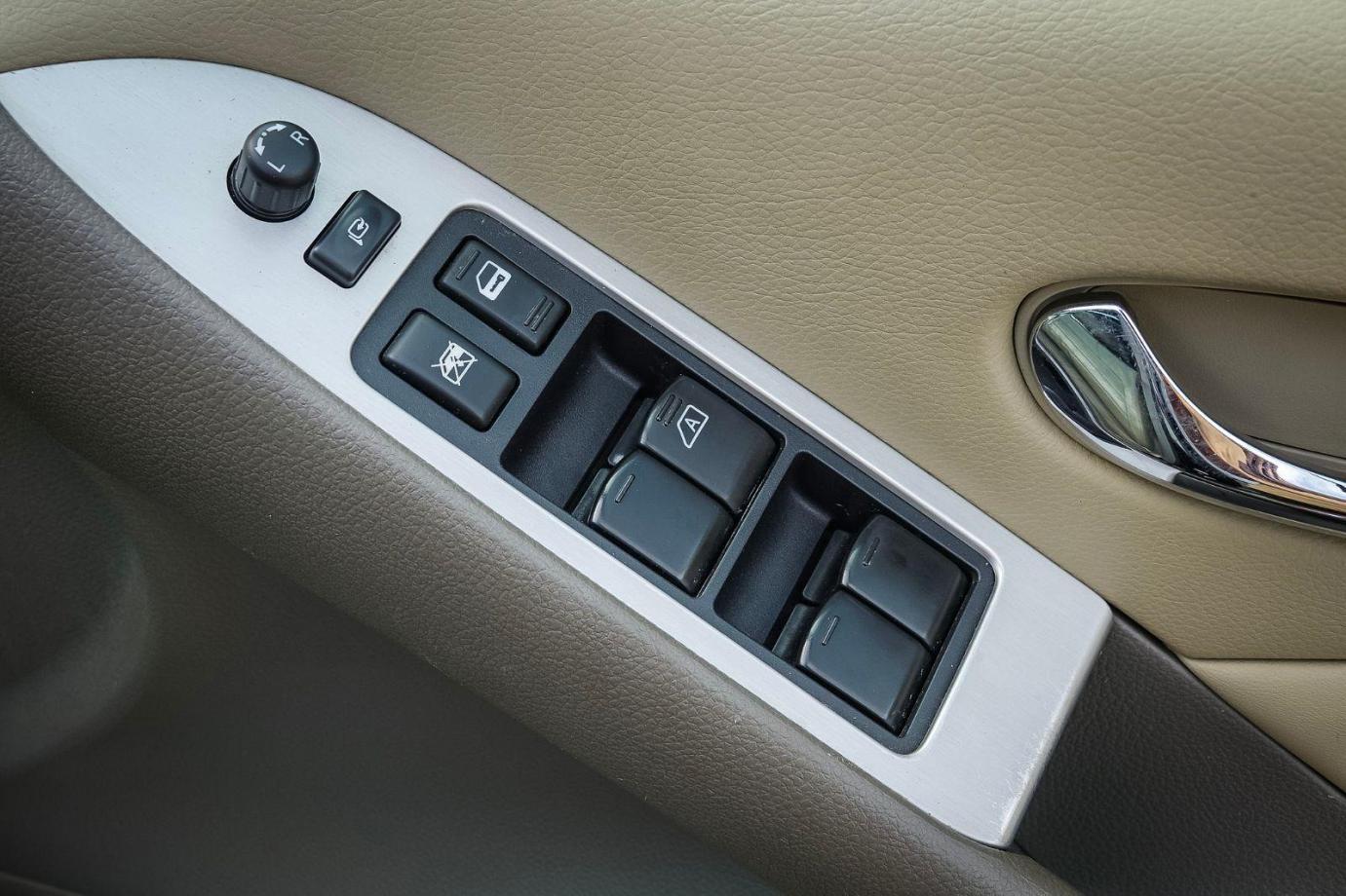 2012 Nissan Murano Z51 Series 3 Ti Wagon 5dr CVT 6sp 4x4 3.5i