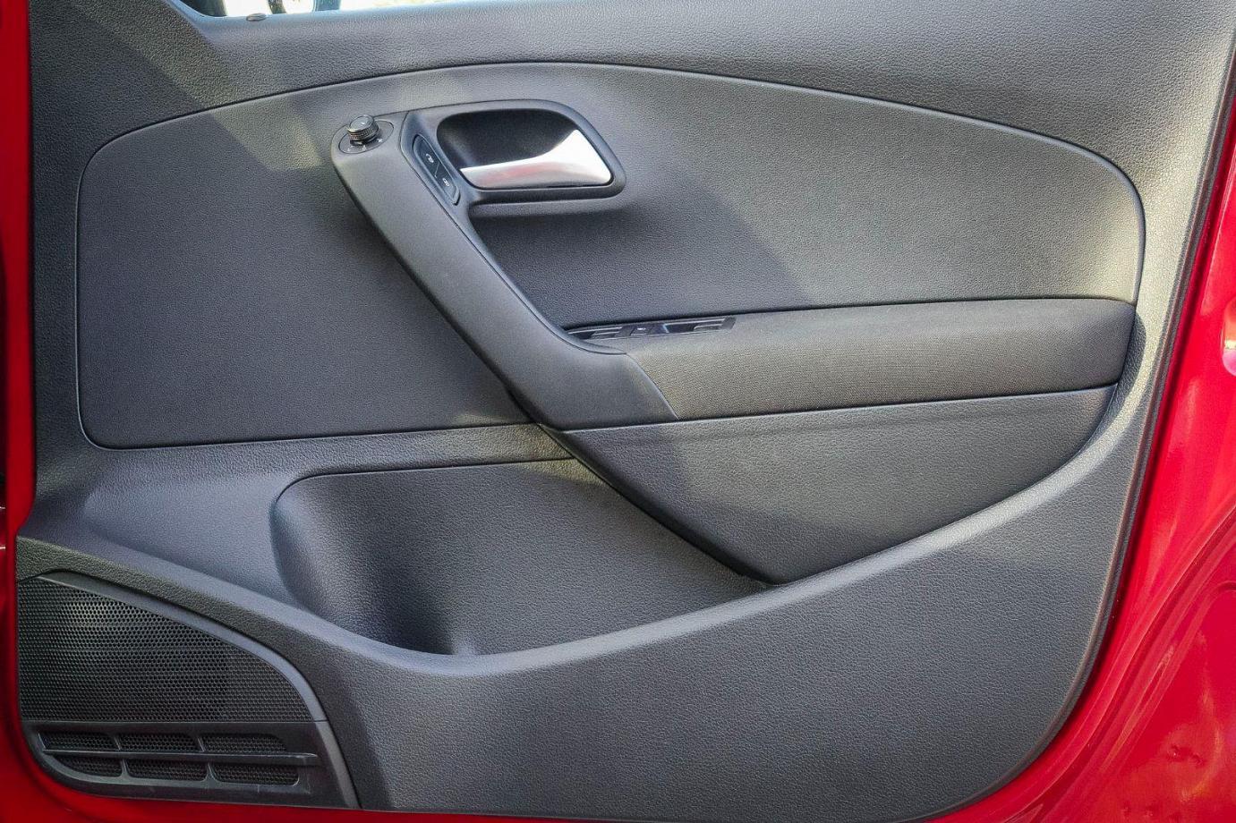 2015 Volkswagen Polo 6R MY16 66TSI Trendline Hatchback 5dr DSG 7sp 1.2T