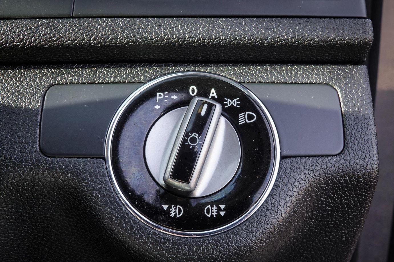 2009 Mercedes-Benz C-Class W204 C220 CDI Classic Sedan 4dr Auto 5sp 2.2DT