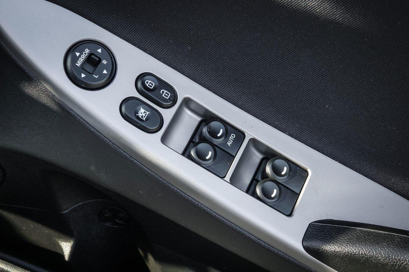 2014 Hyundai Accent RB2 MY15 Active Hatchback 5dr Spts Auto 4sp 1.6i