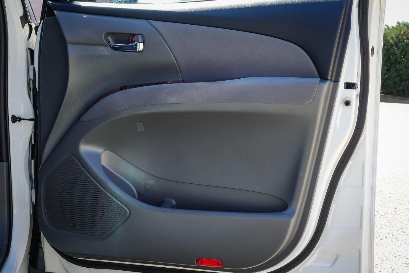 2010 Toyota Estima ACR50 Aeras G Edition Wagon 7st 5dr Auto 2.4i
